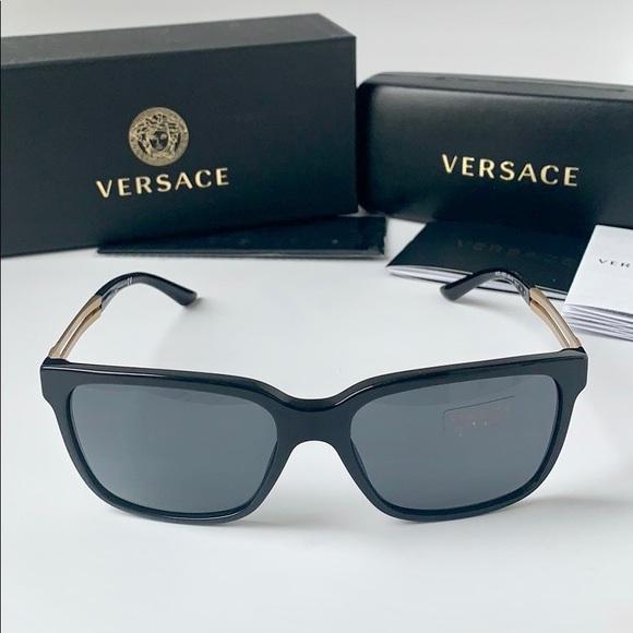 551a09e6093 Versace Sunglasses Square VE4307 GB1 87